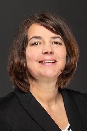 Dr. Magret Schleef